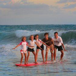h_fun_Surfers_0050
